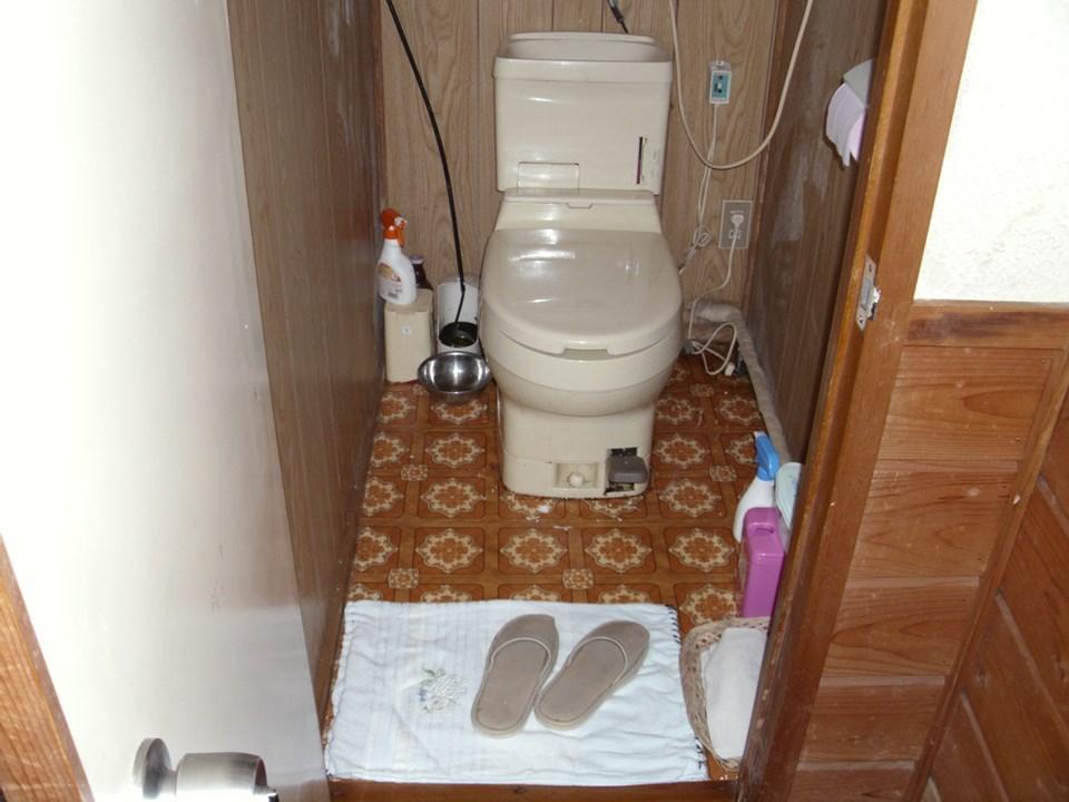 T様邸トイレ施工前